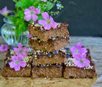 Zucchini Schoko Brownies ohne Zucker, ohne Mehl, vegan