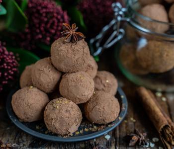 Lebkuchen Bliss Balls - Proteinbällchen