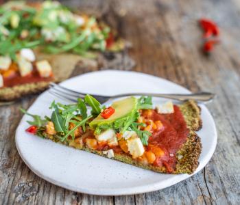 Low Carb Brokkoli Pizza vegan & glutenfrei