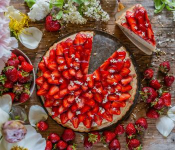 Erdbeer Pudding Kuchen 2.0 vegan & zuckerfrei
