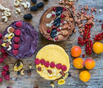 Smoothie Bowls - 3 gesunde Rezepte ohne Banane