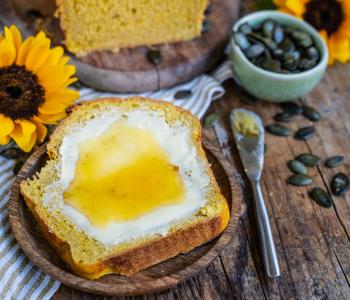 Veganes Kürbisbrot - luftiges Hefeteig Brot