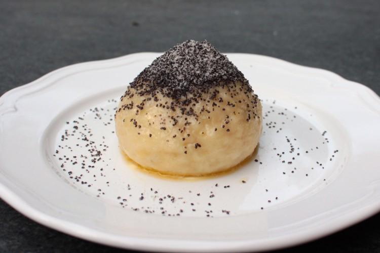 Yeast dumpling with damson jam | Germknödel mit Powidl