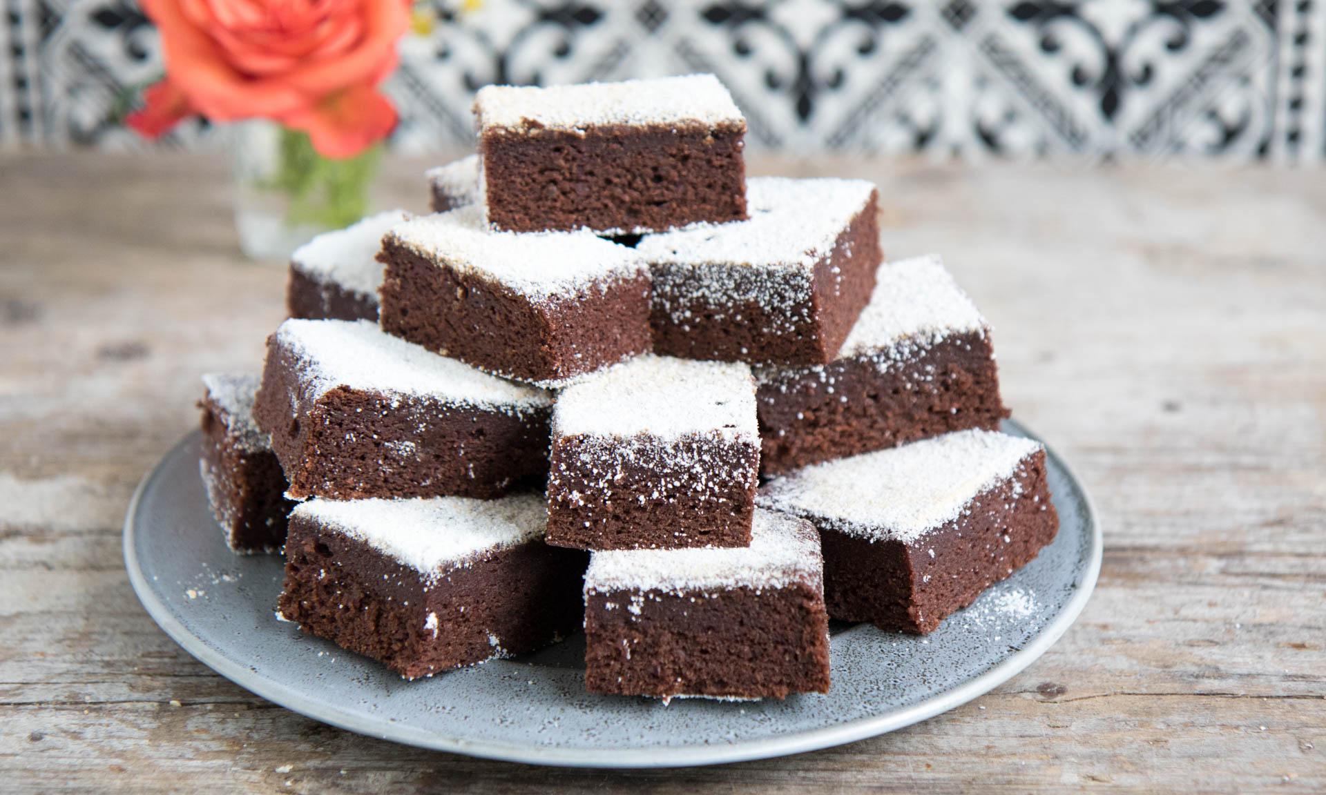 Gesunde Brownies mit Datteln Mrs Flury