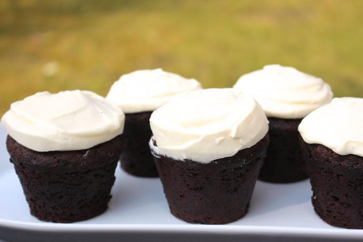 Guinness Cupcakes | Schokoladen-Küchlein