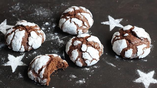 Snowcap Cookies | Weihnachtliche Schokoladenkekse
