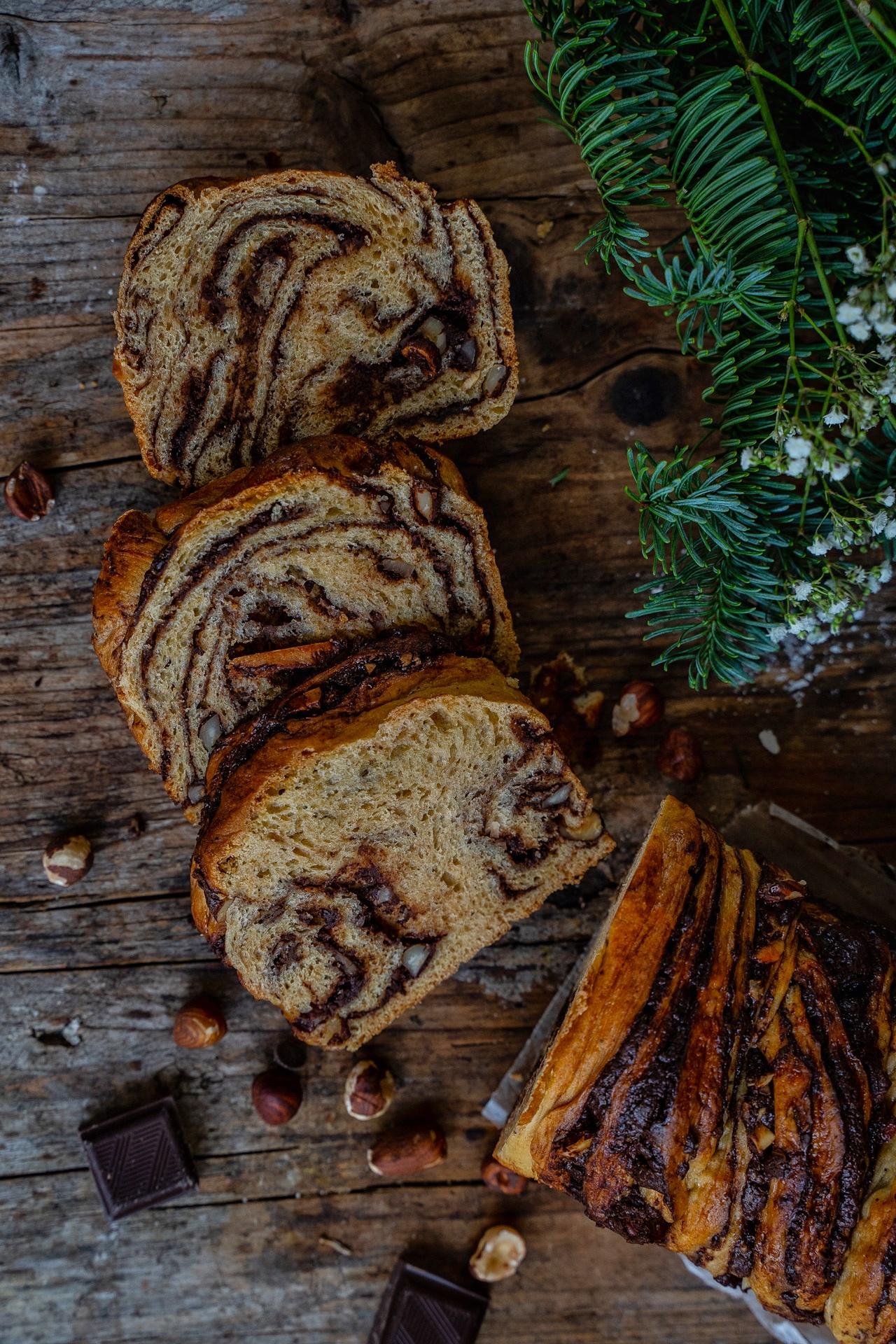 Chocolate Babka - Luftiger Hefezopf mit Schokoladenfüllung Mrs Flury