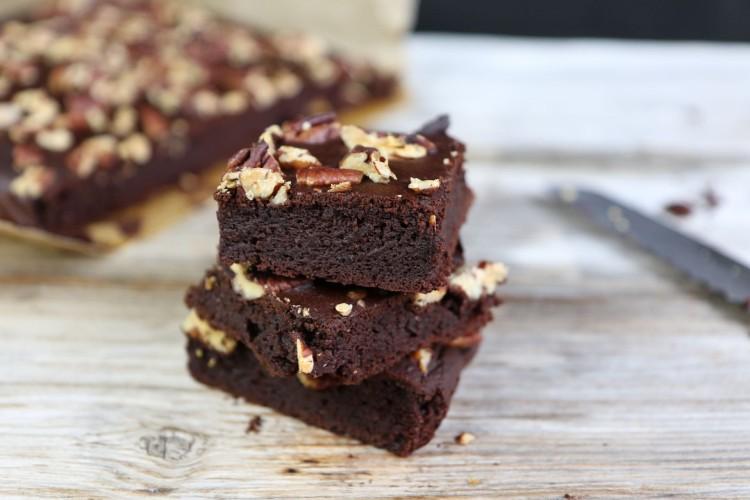 Gesunde Brownies mit schwarzen Bohnen