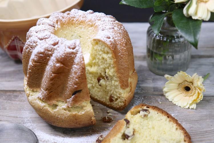 Elsässer Hefe Gugelhupf, Kougelhopf, Bundt cake
