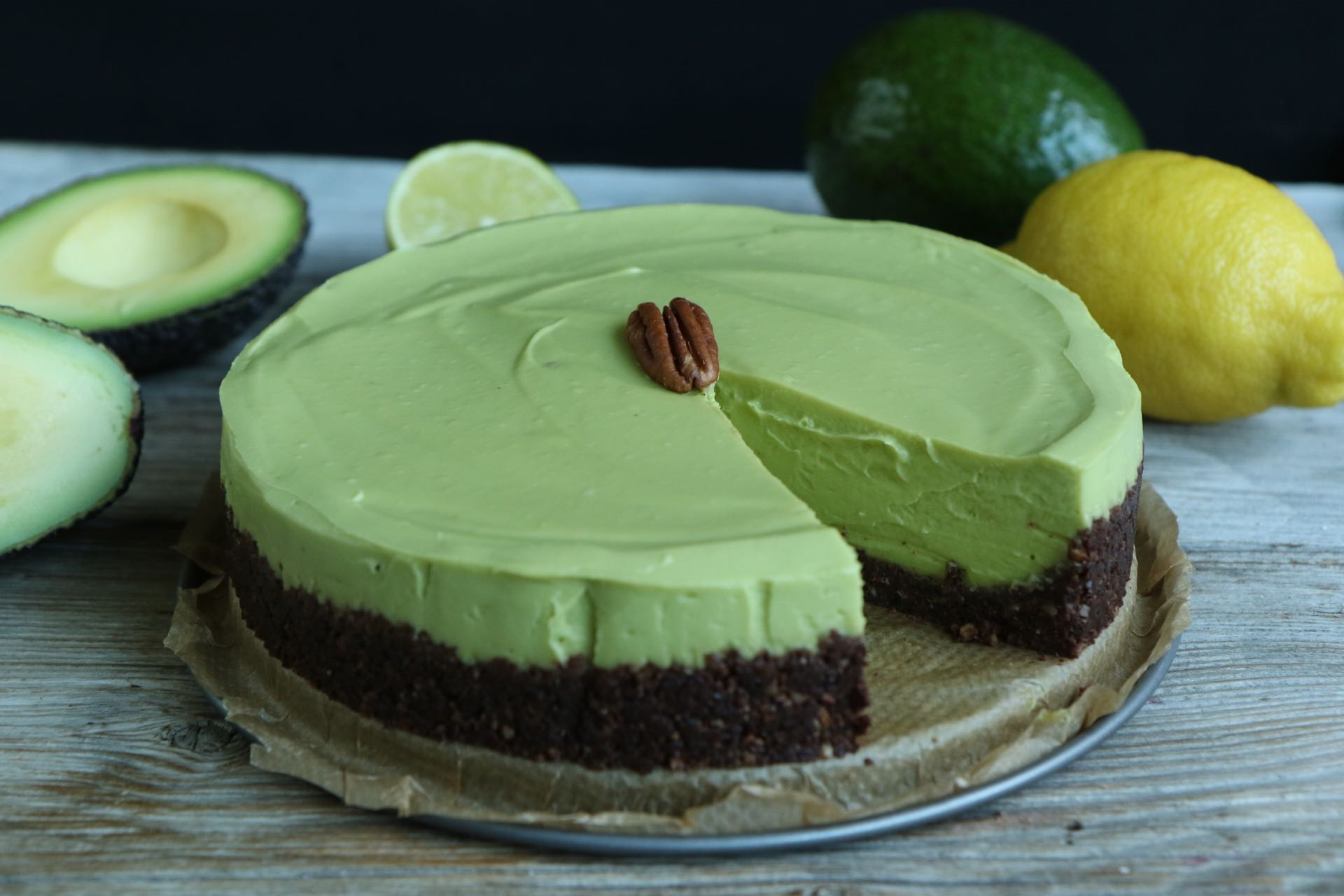 avocado cheesecake vegan no bake cake