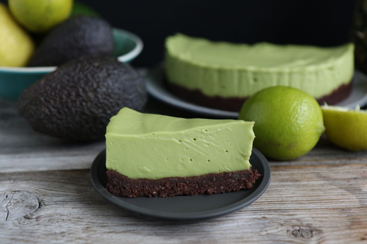Avocado Cheesecake vegan | No bake