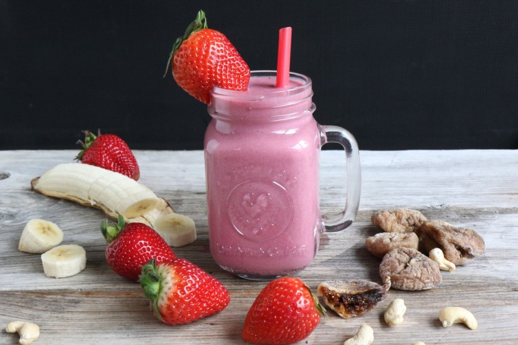 pretty pink smoothie blog