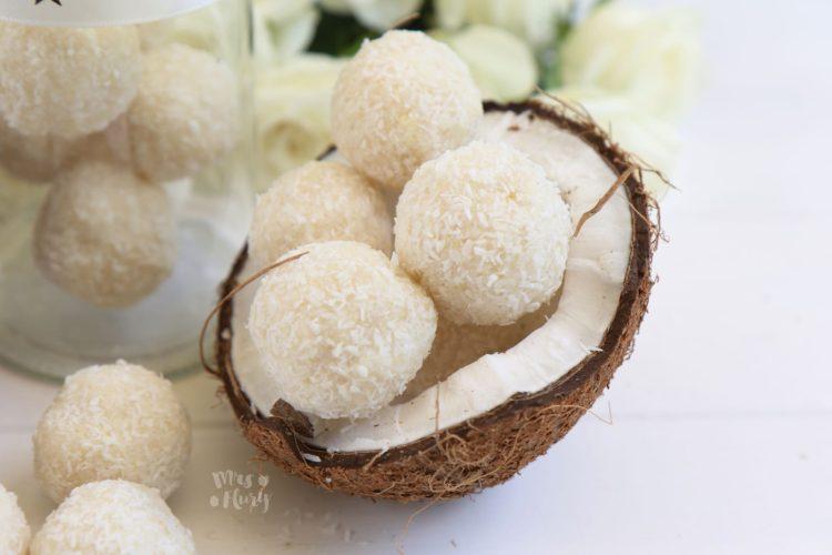 Kokos-Kugeln | Köstlicher veganer Snack, ohne backen