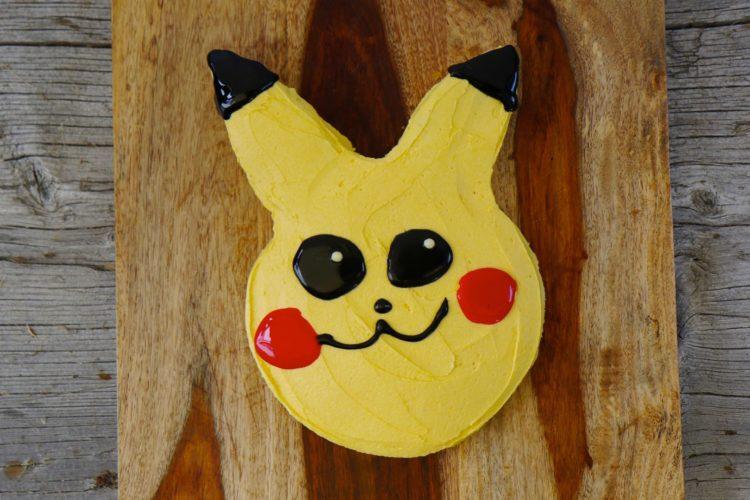 Pikachu Cake | Pokémon Mango-Kuchen