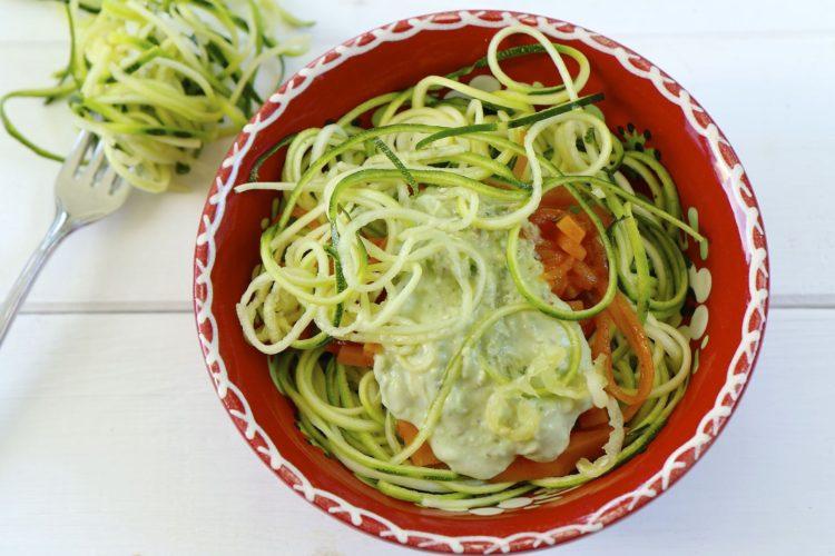 Zucchini Nudeln mit Avocado-Pesto | Produktvorstellung