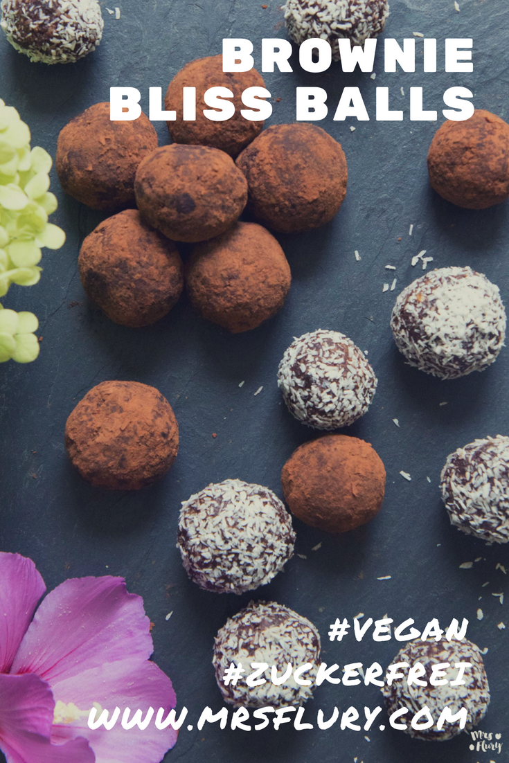 Brownie Bliss Balls gesund vegan zuckerfrei Mrs Flury