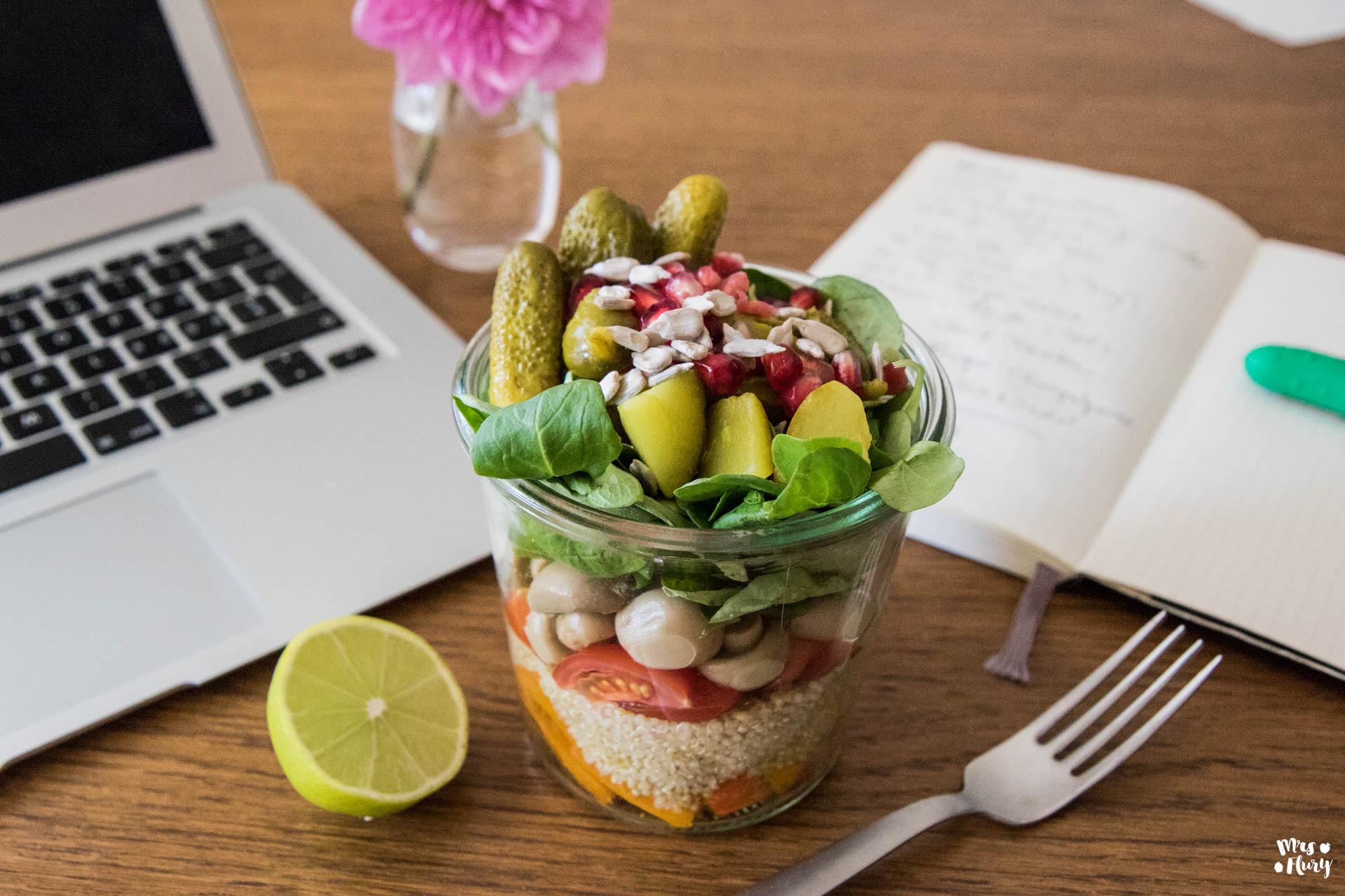 gesunder salat to go mit essiggem se mrs flury gesund essen leben. Black Bedroom Furniture Sets. Home Design Ideas
