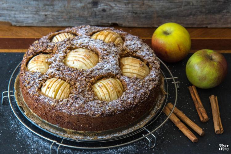 Würziger Apfelkuchen mit Streusel