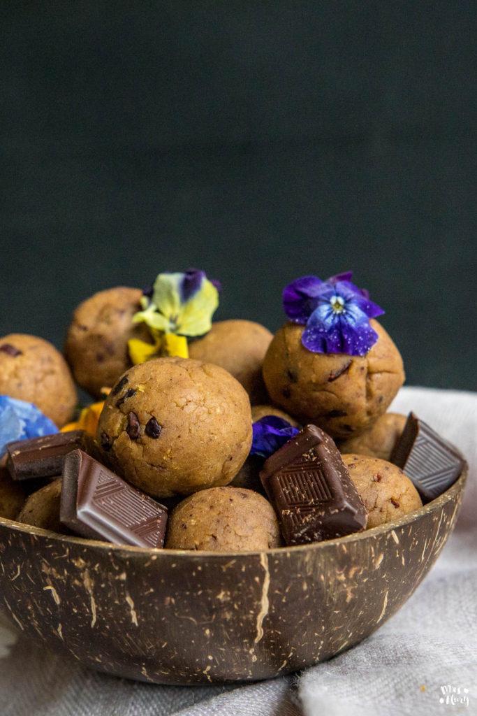 Protein Cookie Dough Balls Rezept 4 Zutaten Mrs Flury
