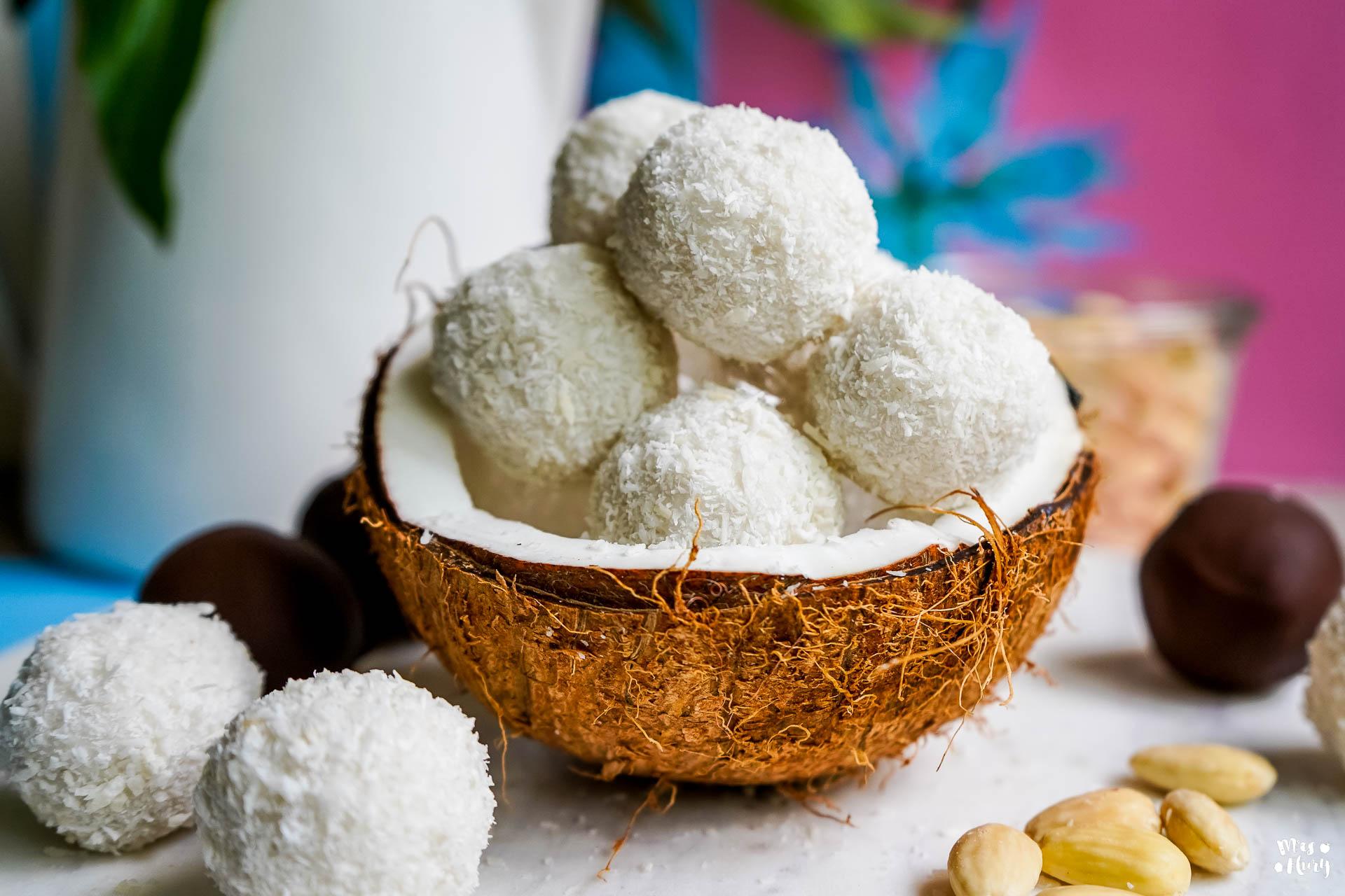 gesunde kokosb llchen bounty und raffaello kugeln mrs flury gesund essen leben. Black Bedroom Furniture Sets. Home Design Ideas