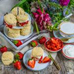 Gesunde Scones mit Erdbeeren vegan backen