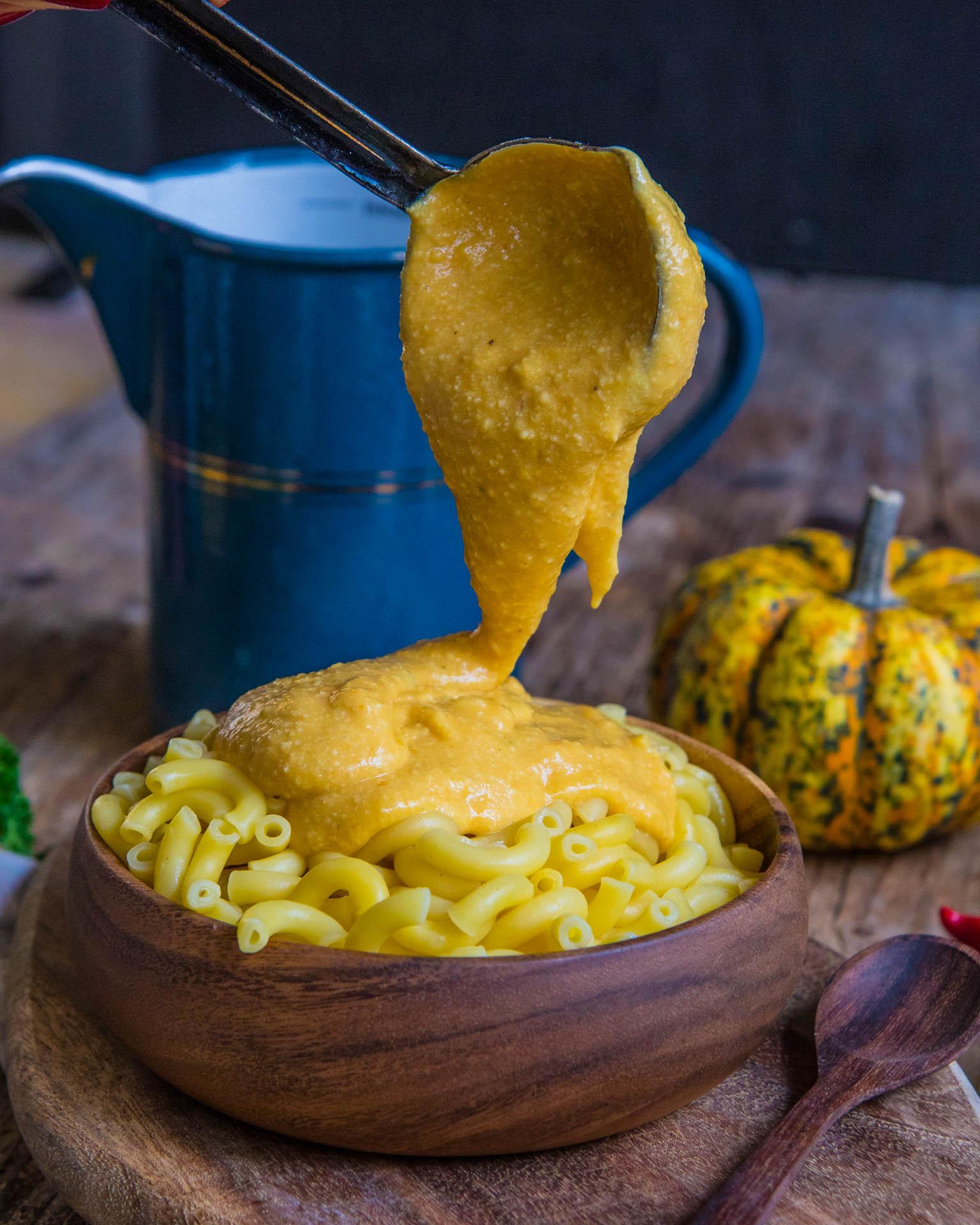 Die besten veganen Mac & Cheese / vegane Käsesauce Rezept Mrs Flury