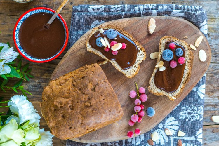 Low Carb Mandelbrot glutenfrei mit Nutella Aufstrich zuckerfrei