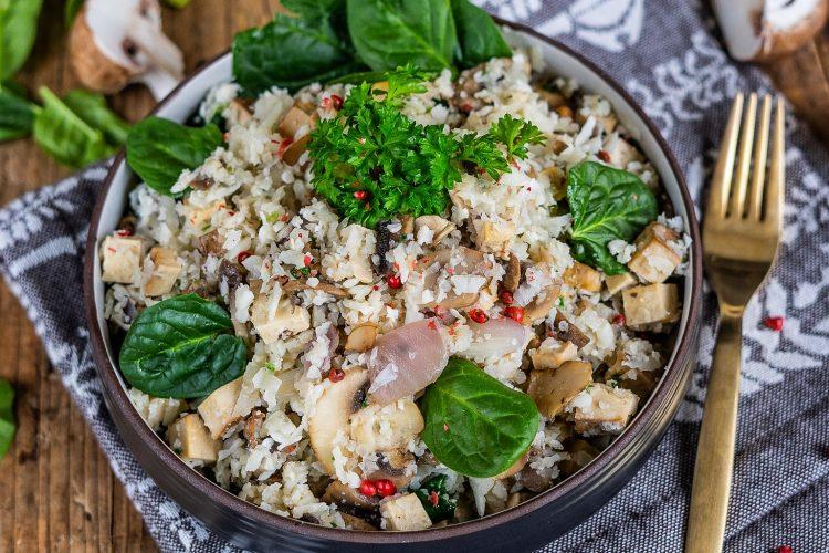 Low Carb Blumenkohlreis Pilzpfanne vegan