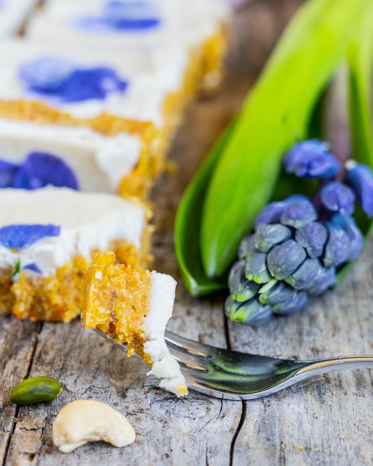 Gesunder veganer Karottenkuchen ohne Backen / Raw Carrot Cake Mrs Flury