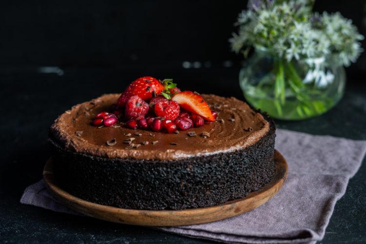 Einfacher veganer Schokoladenkuchen – ohne Mixer, 1 Schüssel