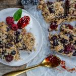 Crumble Cake vegan mit Beeren Mrs Flury