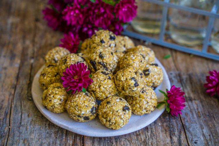 Protein Kugeln, ohne Mixer, ohne Nüsse, ohne Datteln vegan