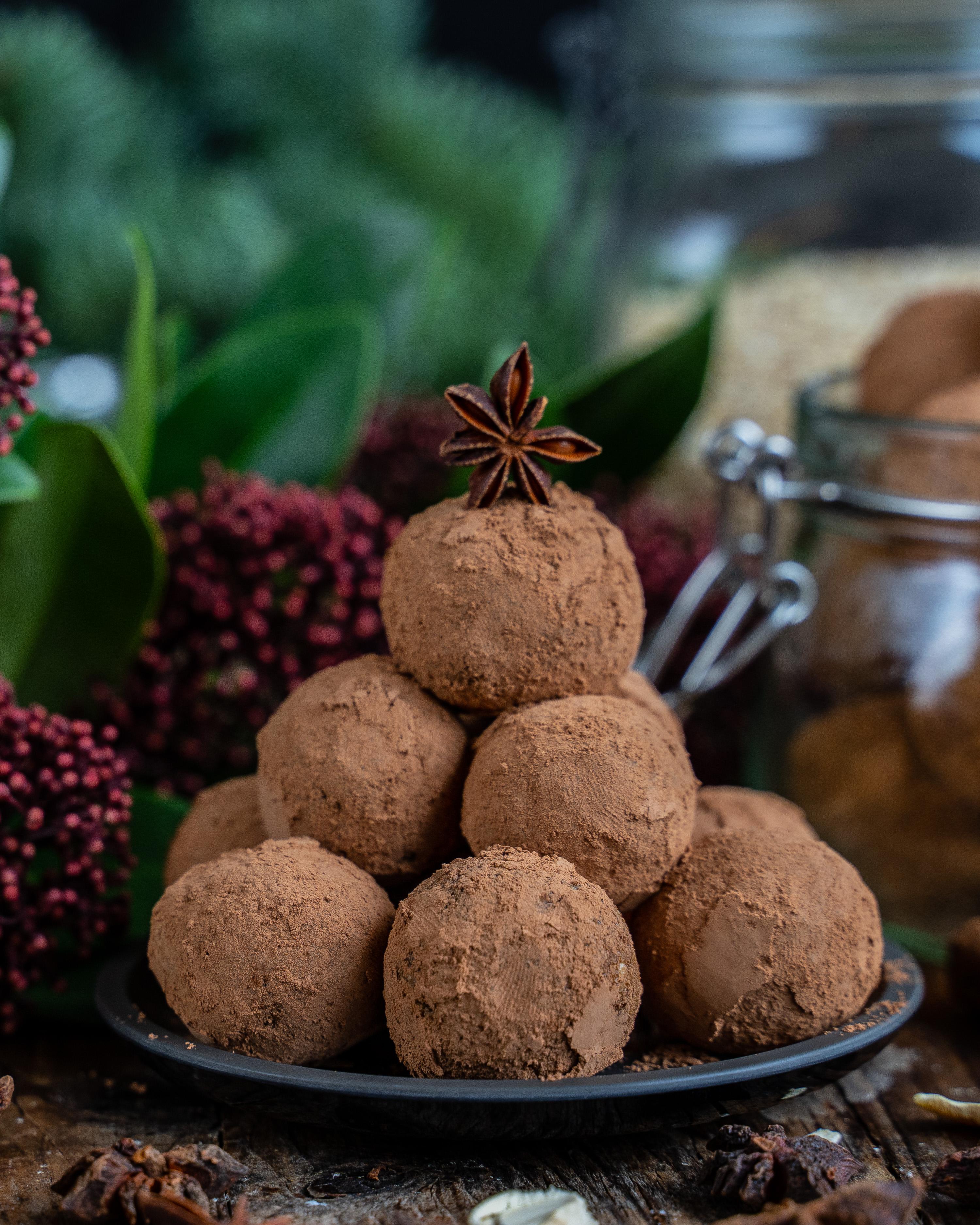Lebkuchen Bliss Balls - Gesunde Proteinbällchen Rezept Mrs Flury