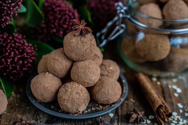 Lebkuchen Bliss Balls – Proteinbällchen