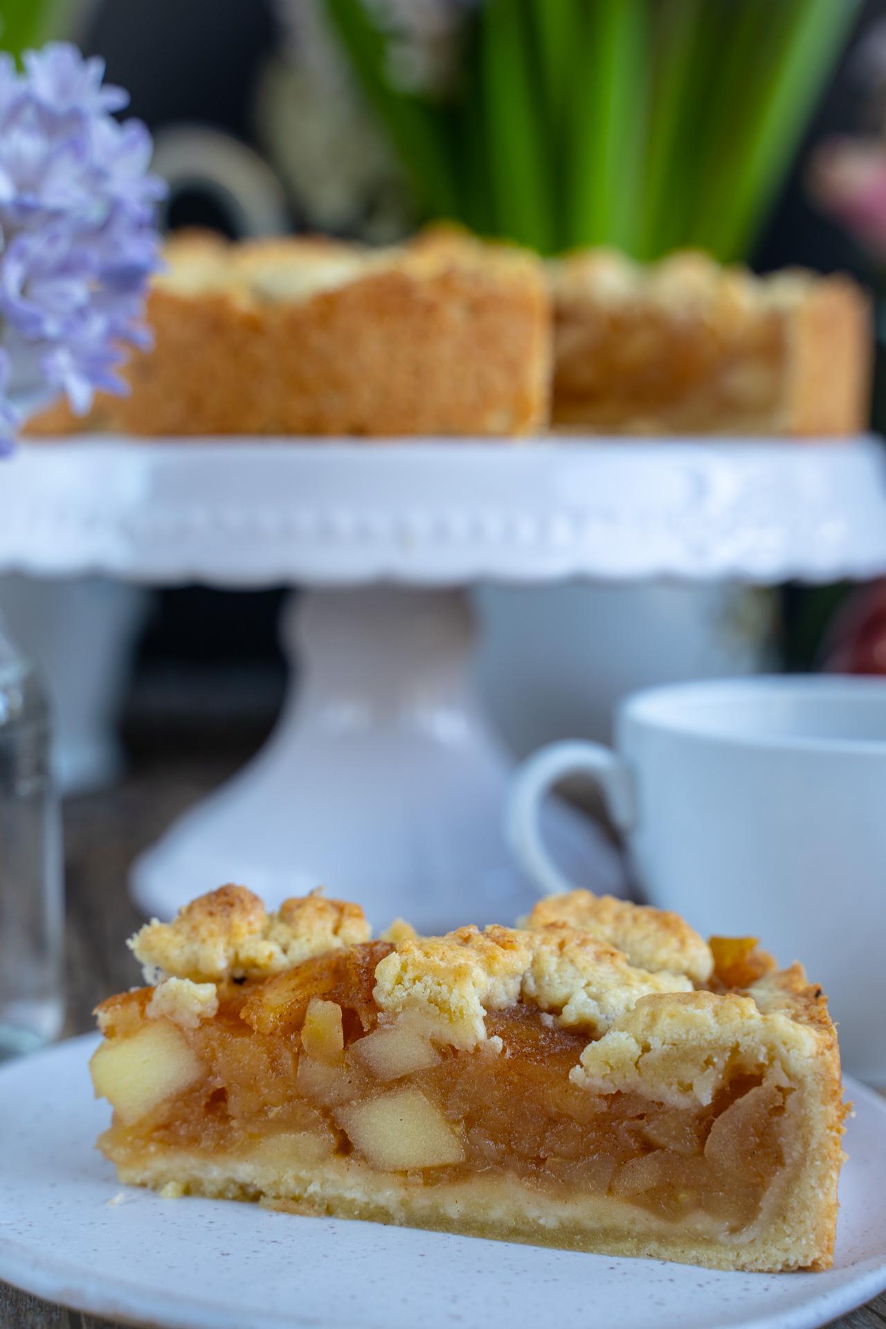 Veganer Apfelstreuselkuchen Mrs Flury