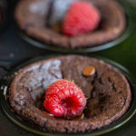 Feuchte Schokoladen Muffins vegan, ohne Zucker, ohne Mehl - 6 Zutaten Mrs Flury
