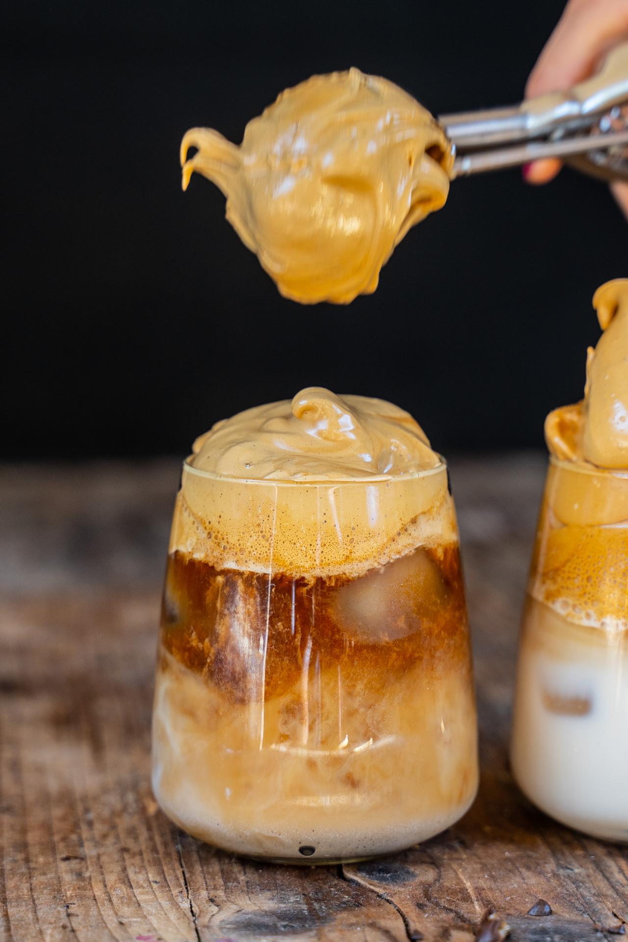 Dalgona Kaffee Rezept - whipped coffee - Mrs Flury