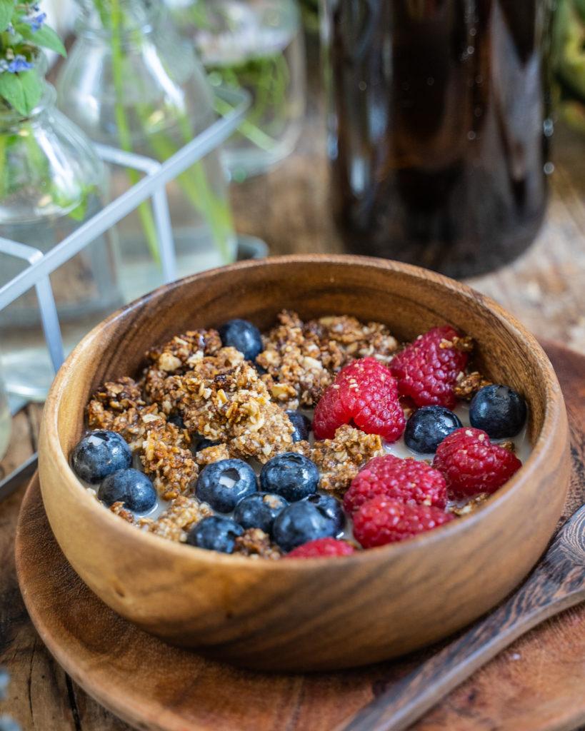 Schoko Erdnussbutter Granola vegan - 5 Zutaten Rezept Mrs Flury