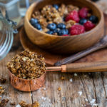 Schoko Erdnussbutter Granola selber machen - 5 Zutaten Mrs Flury