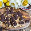 Gesunde Snickers Eis Riegel - 4 Zutaten Rezept vegan Mrs Flury