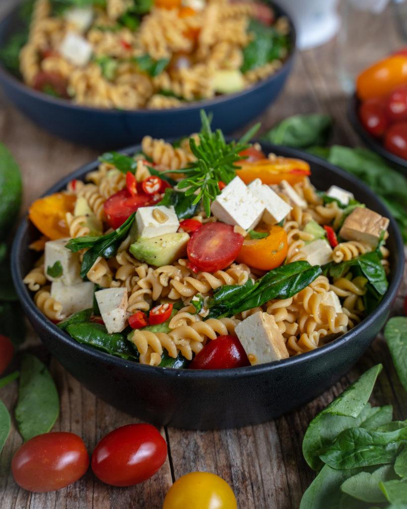 Protein Pasta Salat gesund & vegan Mrs Flury