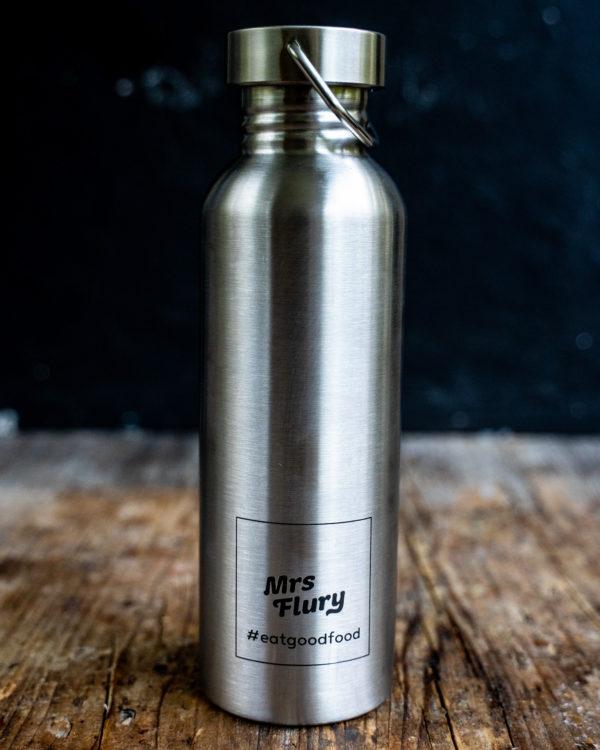 Mrs Flury Wasserflasche