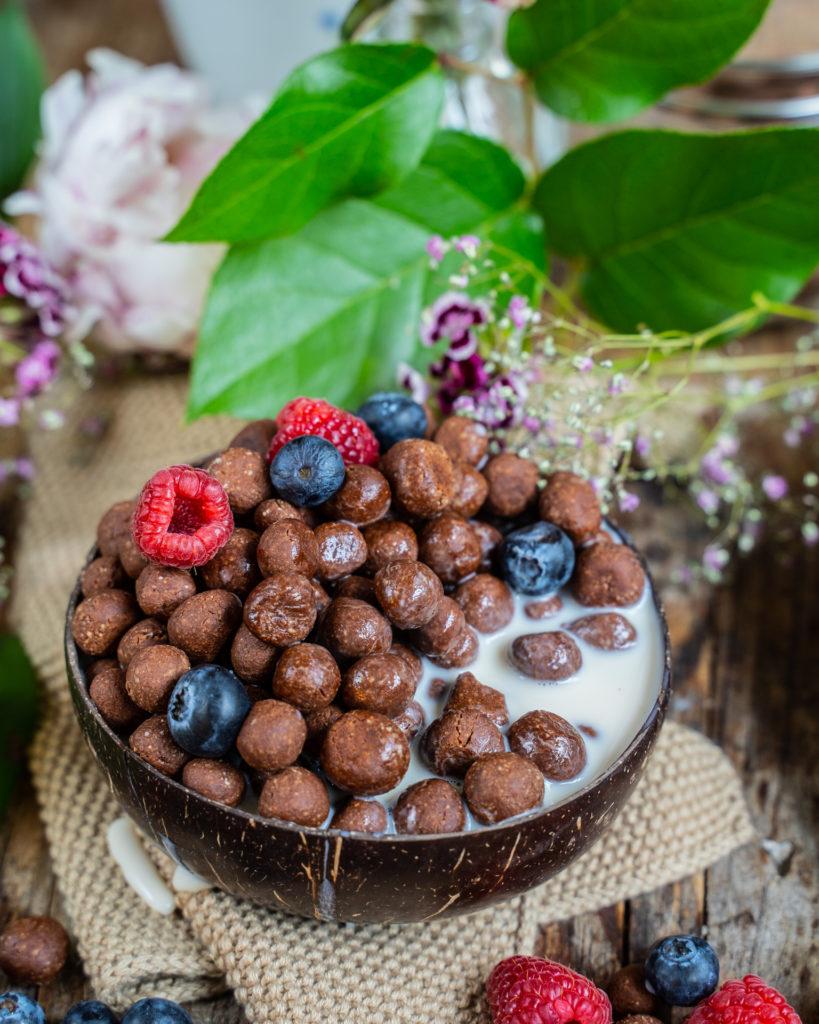 Choco Pops vegan - Knusperkugeln Cerealien Rezept Mrs Flury