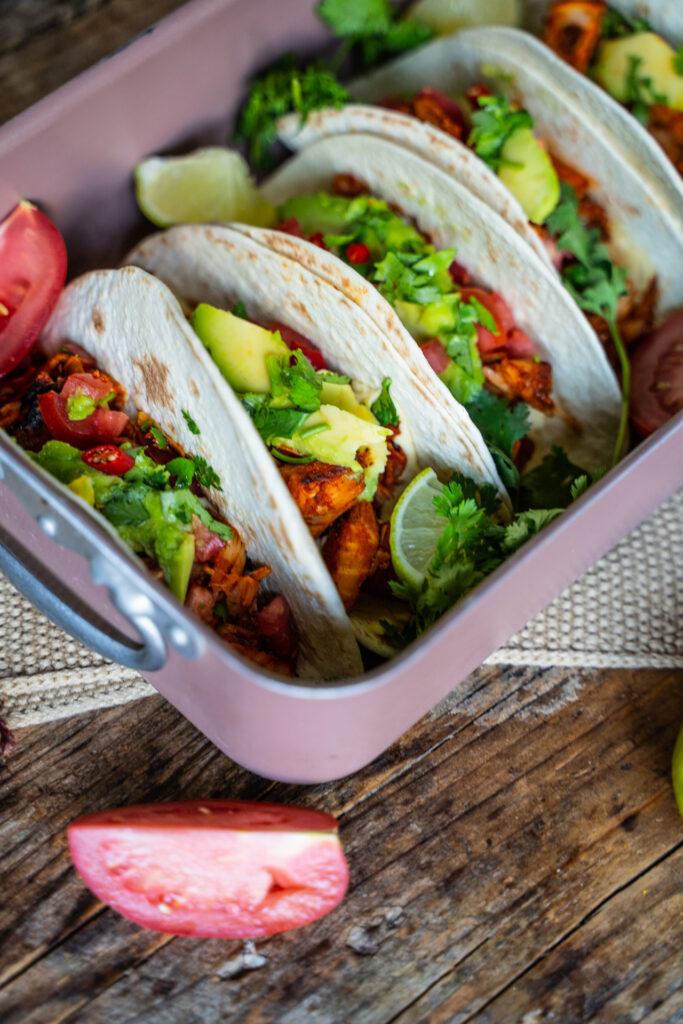 Vegane Pulled Jackfruit Tacos Rezept - Mrs Flury
